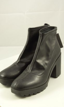 Zara Ankle boot 38