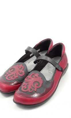 Noat Red And Grey Flat Shoes 39