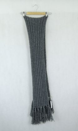 Grey Knitted Chunky Scarf
